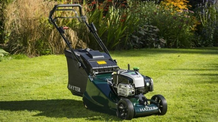 4eb2a3f1665b Best Petrol Lawn Mower For Large Gardens: My Top 6 Recommendations