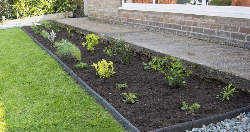 garden on a roll border