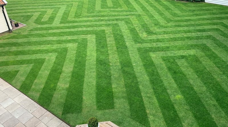 geometric lawn pattern