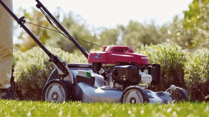 best self-propelled lawn mower